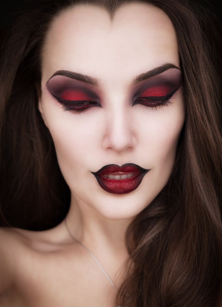 maquillage facile halloween vampire